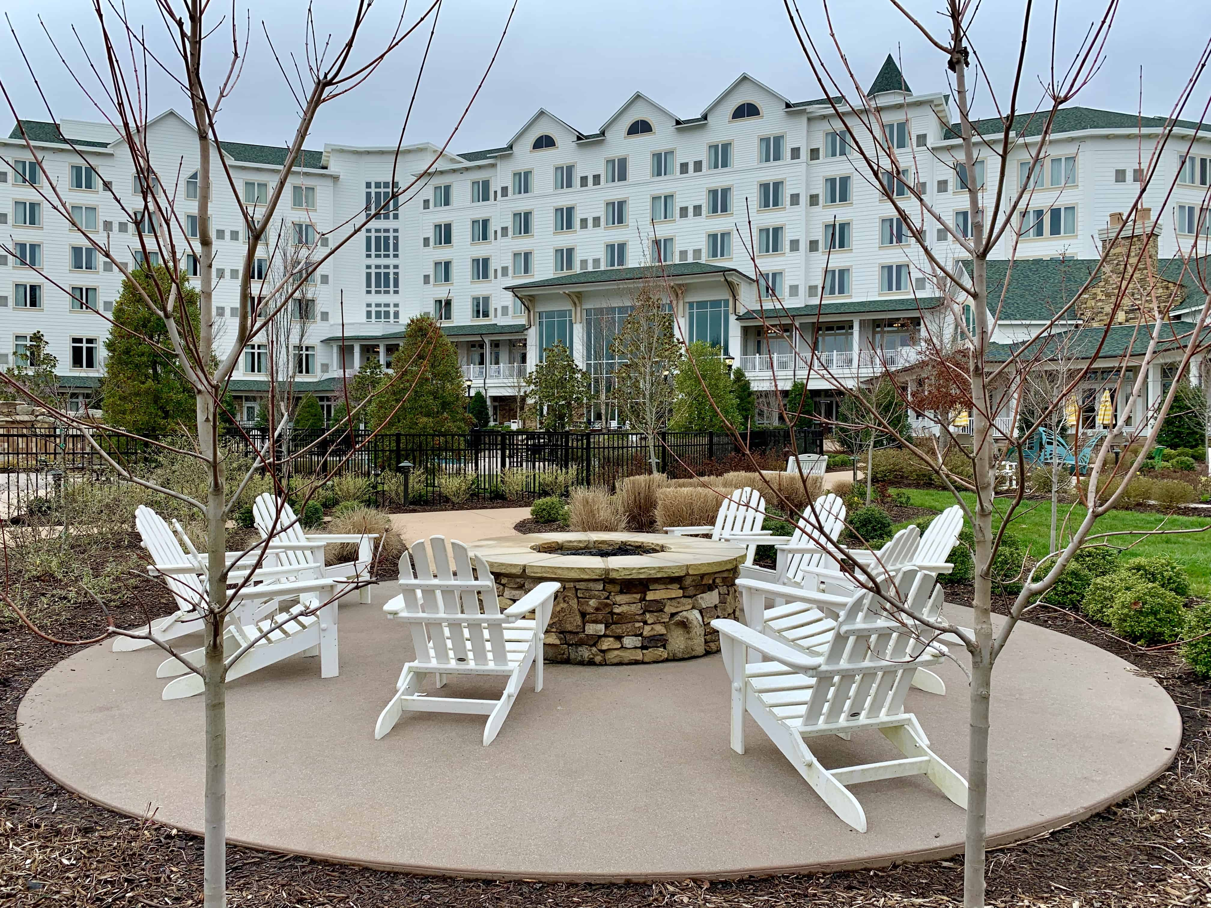 Dollywood's DreamMore Resort Outside